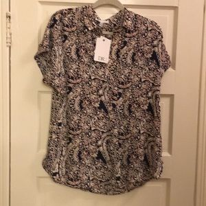 DR2 brand new blouse with tags.
